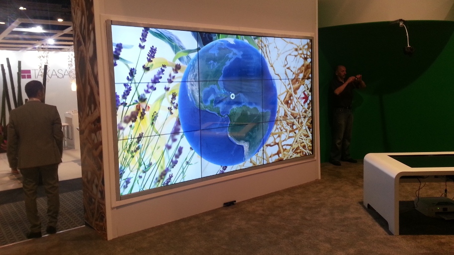 Atra Media Givaudan interactive touch video wall_913x513